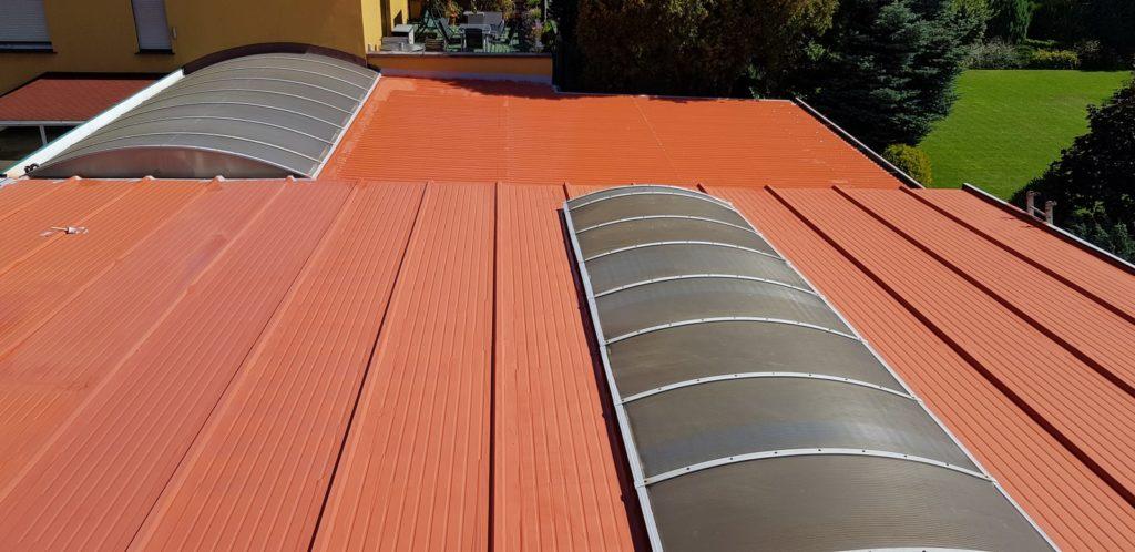 przeciekający dach, pokrycia dachowe